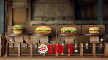 Burger King TV Spot, '2 por $5: Dos Sándwiches' [Spanish] - Thumbnail 2