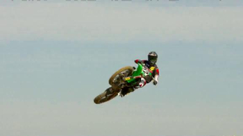 Discount Tire TV Spot, 'TwoTwo Motorsports: 2015 Supercross Season' - Thumbnail 2