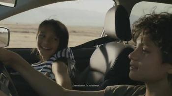 2015 Subaru XV Crosstrek TV Spot, 'Fountain' Song by Joshua Radin - Thumbnail 5