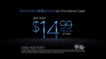 Time Warner Cable Internet Económica TV Spot, 'Monedas' [Spanish] - Thumbnail 3