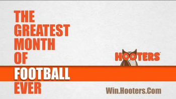 Hooters TV Spot, 'The Greatest Month of Football Ever' - Thumbnail 8