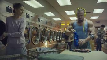 Oxygen Now App TV Spot, 'Laundromat' - Thumbnail 6