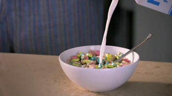 Lucky Charms TV Spot, 'Camouflage' - Thumbnail 2