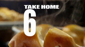 Golden Corral Take-Home Yeast Rolls TV Spot, 'That's How We Roll' - Thumbnail 9