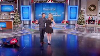 Walmart TV Spot, 'Alegra su Navidad' Con Eugenio Derbez [Spanish] - Thumbnail 7