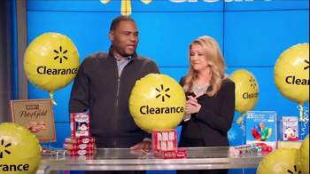 Walmart Holiday Clearance Event TV Spot, 'Balloons' Feat. Melissa Joan Hart - Thumbnail 7