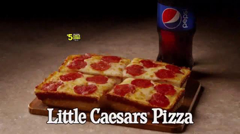 Little Caesars Hot-N-Ready Lunch Combo TV Spot, 'Combo Mambo' [Spanish] - Thumbnail 3