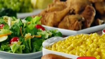Golden Corral Take-Home Yeast Rolls TV Spot, 'Me Gusta Gratis' [Spanish] - Thumbnail 5