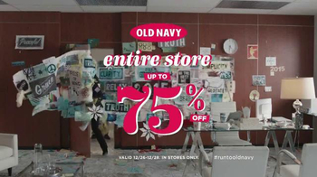 Old Navy TV Spot, 'Resolve to Save Big' Featuring Julia Louis-Dreyfus - Thumbnail 8