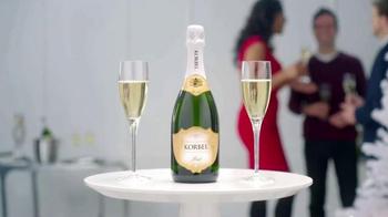 Korbel California Champagne TV Spot, 'WE TV: Toast Life' - Thumbnail 9