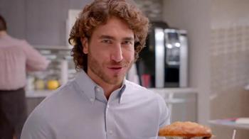 KFC $5 Fill Up TV Spot, 'Almuerzo' [Spanish] - Thumbnail 5