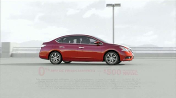 2014 Nissan Sentra TV Spot, 'Movimiento' [Spanish] - Thumbnail 4