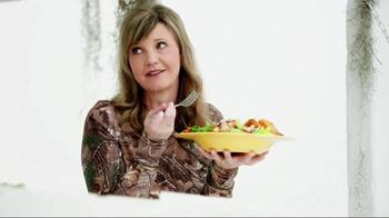 Zaxby's Zensation Zalad TV Spot, 'Redecorated'  - Thumbnail 5