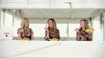 Zaxby's Zensation Zalad TV Spot, 'Redecorated'  - Thumbnail 6