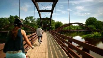 Pure Michigan TV Spot, 'Summer Breeze' - Thumbnail 2