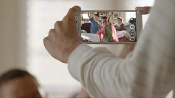 Samsung Galaxy S5 TV Spot, 'Everyday Better' - Thumbnail 5