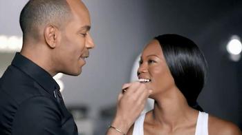 CoverGirl Queen Jumbo Gloss Balm TV Spot Featuring Queen Latifah - Thumbnail 7