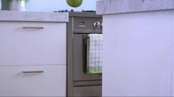 Libman Freedom Spray Mop & Floor Cleaner TV Spot - Thumbnail 1