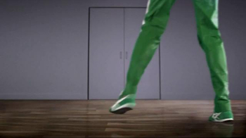 Libman Freedom Spray Mop & Floor Cleaner TV Spot - Thumbnail 3