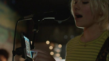 Apple iPhone 5s TV Spot, 'Powerful' Song by Pixies - Thumbnail 3