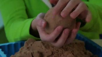 Cra-Z-Sand TV Spot, 'Amazing Sand Art!' - Thumbnail 4
