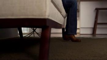HGTV Home by Shaw Flooring TV Spot, 'Remote' - Thumbnail 4