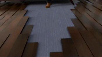 HGTV Home by Shaw Flooring TV Spot, 'Remote' - Thumbnail 7