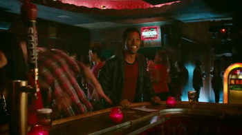 Redd's Apple Ale TV Spot, 'Jukebox' - Thumbnail 7