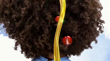 Dark and Lovely Au Naturale Anti-Breakage TV Spot, 'Curl Power' - Thumbnail 4
