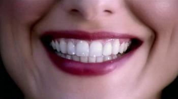 Crest 3D White Luxe TV Spot, 'Dientes' Con Shakira [Spanish] - Thumbnail 9
