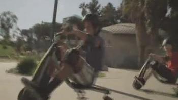 Razor Power Rider 360 TV Spot - Thumbnail 4