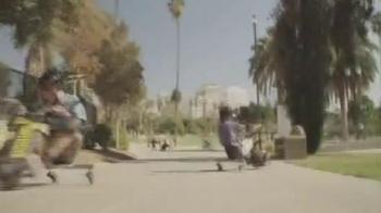 Razor Power Rider 360 TV Spot - Thumbnail 7