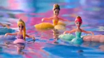 Disney Princess Water Palace Playset TV Spot, 'Petal Float Princess Doll' - Thumbnail 4