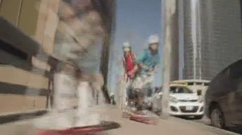 Razor Rift TV Spot, 'Skate Park' - Thumbnail 3