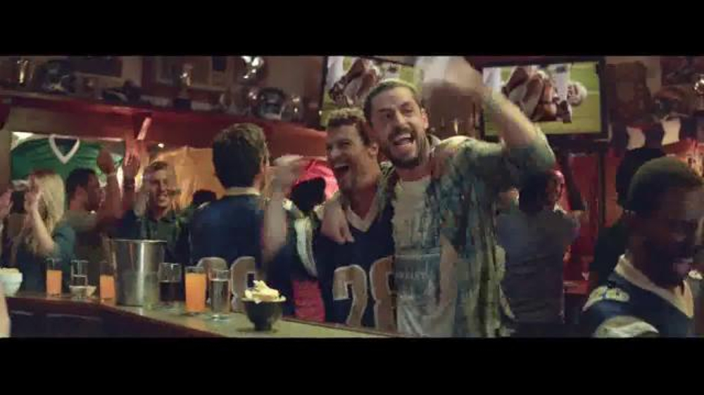 Mitchum TV Commercial, 'Men: Good Sweat'