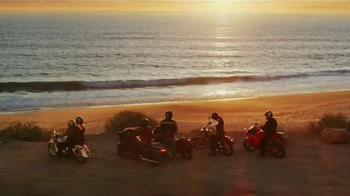 GEICO Motorcycle Insurance TV Spot, Song by The Wallflowers - Thumbnail 9