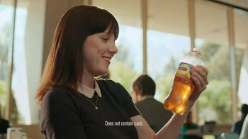 Lipton Peach Iced Tea TV Spot, 'Carl and Stu' - Thumbnail 8