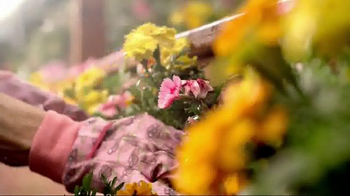The Home Depot TV Spot, 'All Kinds of Color' - Thumbnail 6