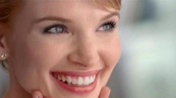Garnier BB Cream TV Spot, '#1 Worldwide' - Thumbnail 8