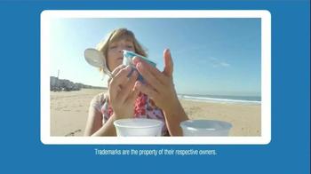 Yoplait 100 Calorie Strawberry Greek Yogurt TV Spot, 'Taste-Off' - Thumbnail 6