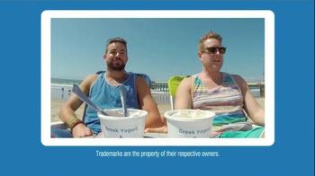 Yoplait 100 Calorie Strawberry Greek Yogurt TV Spot, 'Taste-Off' - Thumbnail 8