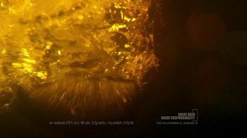 Miller Lite TV Spot, 'Storm Warning' - Thumbnail 8