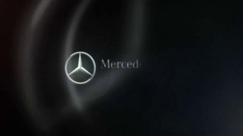 Mercedes-Benz Super Bowl 2015 Teaser TV Spot, 'Big Race Party' - Thumbnail 10