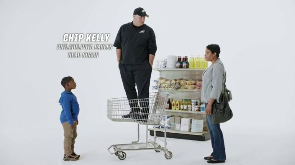 Tostitos Scoops TV Commercial, 'Official Chip of the NFL: Cart' Feat. Chip Kelly