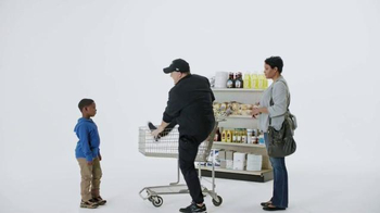 Tostitos Scoops TV Spot, 'Official Chip of the NFL: Cart' Feat. Chip Kelly - Thumbnail 8