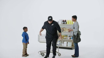 Tostitos Scoops TV Spot, 'Official Chip of the NFL: Cart' Feat. Chip Kelly - Thumbnail 9