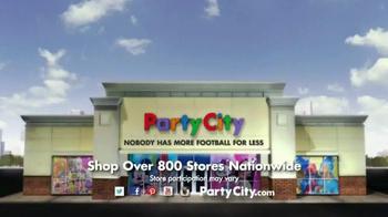 Party City TV Spot, 'The Ultimate Fan' - Thumbnail 8