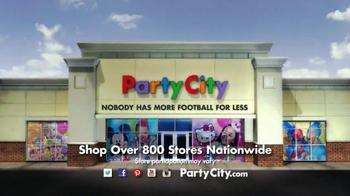 Party City TV Spot, 'The Ultimate Fan' - Thumbnail 9