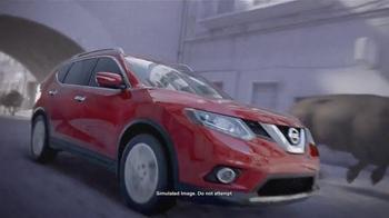 2015 Nissan Rogue TV Spot, 'Bull Chase' - Thumbnail 3