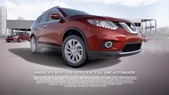 2015 Nissan Rogue TV Spot, 'Bull Chase' - Thumbnail 9